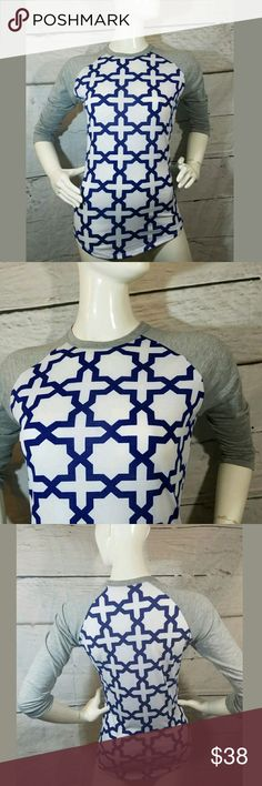 Lularoe Randy Baseball Tee Top Lularoe Randy Baseball Tee Top Gray White Royal Blue XXS  Excellent used condition.   17 inches pit to pit.  26 Inches long.    LB LuLaRoe Tops Tees - Short Sleeve