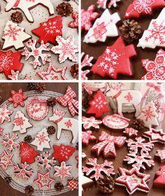 Galletas navidad rojo y blanco Christmas Biscuits, Christmas Sugar Cookies, Christmas Cupcakes, Holiday Cookies, Holiday Treats, Gingerbread Cookies, Noel Christmas, Christmas Goodies, All Things Christmas
