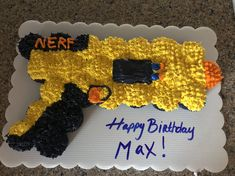 Nerf gun cupcake cake Best Picture For Nerf Gun Party cookies For Your Taste Y Nerf Birthday Party, Nerf Party, Cake Birthday, Birthday Ideas, 7th Birthday Cakes For Boys, 5th Birthday, Birthday Recipes, Party Props, Deco Cupcake