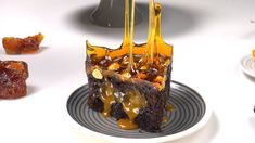 Chocolate caramel cake Best Picture For Pastry Recipes gluten free For Your Taste You are looking fo Magic Chocolate, Chocolate Hazelnut Cake, Chocolate Recipes, Pastry Recipes, Cake Recipes, Dessert Recipes, Food Cakes, Cupcakes, Torte Au Chocolat