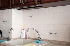 Toto doslova vytiahne mastnotu z kuchynskej linky, digestoru aj podlahy: Netreba vám nič špeciálne, za lacný peniaz kuchyňa ako zo škatuľky!