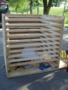 Homemade Food Dryer Project » The Homestead Survival. My man is building be one of these. Woooo hoooo!