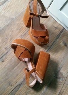Kup mój przedmiot na #vintedpl http://www.vinted.pl/damskie-obuwie/sandaly/13655399-brazowe-sandaly-na-platformie