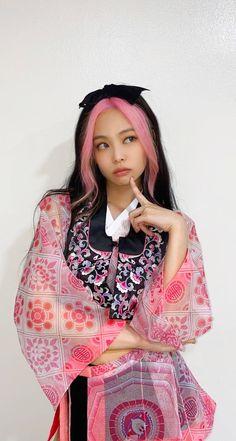 Kim Jennie, Kpop Groups, Kpop Girls, Asian Beauty, Rapper, Aurora Sleeping Beauty, Bohemian, Disney Princess, Cute