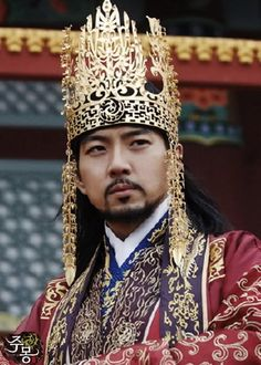 ❤   Song Il Guk, actor, his role was Jumong the founder of Gogoryeo Kingdom.