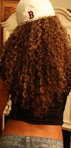 makes me want to keep my hair curly!   this is how my hair was long as a teen.