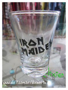 Copo Shot Iron Maiden R$20,00