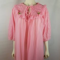 472d6b65717 Vintage Ginsburg Pink Nylon Sheer Chiffon Nightgown Peignoir Robe Set  Flower Lace Small by TraSheeWomen on Etsy