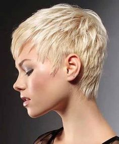 30.Blonde Pixie Cut