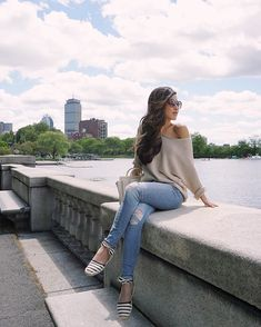 "Resting up before our pedal boat ""race"" on the Charles River (which ended dismally ). For those visiting Boston, boat rentals are a fun way to see the city from the water, plus a mini workout to boot! #boston #charlesriver #backbay http://liketk.it/2ozfJ"