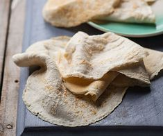 """Cauli-wraps are another superb """"fake carb"""" for which we owe thanks to the cauliflower. They won't keep as long as a standard tortilla so you'll want to freeze them and defrost as needed. Carb Free Recipes, Banting Recipes, Bacon Recipes, Whole Food Recipes, Banting Diet, Low Carb Bread, Keto Bread, Blood Sugar Diet, Fabulous Foods"""