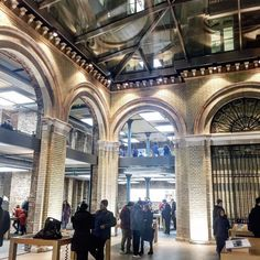 Love the #applestore in Covent Garden - could hang out here all day! #exposedbrick #londonbuildings