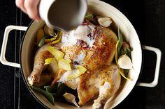 How to Make One-Pot Chicken in Milk - Genius Recipes- Jamie Oliver Braised Chicken, Braised Pork, Roast Chicken, Jamie Oliver Chicken, One Pot Chicken, Milk Recipes, Healthy Recipes, Yummy Recipes, Stuffed Whole Chicken