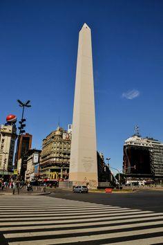 Obelisco de Buenos Aires  Argentina Buenos Aires  Per informazioni Accedi al nostro sito   https://storelatina.com/argentina/travelling #BuenosAires #traveling #viajeargentina #viajar