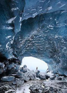 Vatnajökull Ice Cap, Iceland   photo by Örvar Atli Þorgeirsson