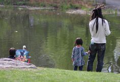 """5 Fun Things To Do in August With Kids in New York City: free """"catch-and-release"""" fishing program at the Harlem Meer"""