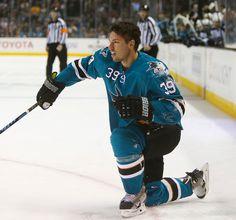 San Jose Sharks forward Logan Couture (Oct. 11, 2014).