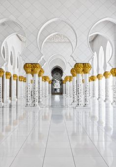 If you thought the Muslim world hasn't contributed to architecture in recent times, think again. The Shiekh Zayed Grand Mosque in Abu Dhabi is proof that the creation of Islam inspired architecture is a practice that's well and alive in the modern world. Plans for the construction of this magni...