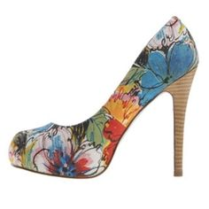 Floral Jessica Simpson Heels Size 6 Jessica Simpson floral pumps/heels. In like new condition, no flaws! Absolutely beautiful shoes. Open to all offers; bundles discounted! Jessica Simpson Shoes Heels