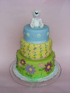 White teddy bear cake