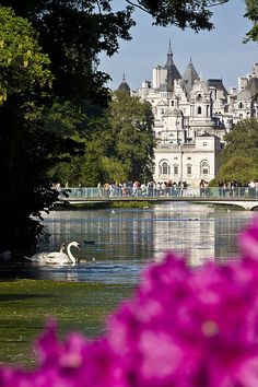 London. St. James's Park, London - view of the Horse Guard and the Whitehall from the lake