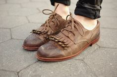 lace up loafer style | shoes