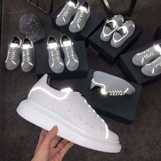 Alexander Mcqueen Men Shoes Oversized Sneaker White Smooth Calf Leather Lace-Up Sneaker Sneaker Outfits, Sneakers Fashion Outfits, Alexander Mcqueen Sneakers, Moda Sneakers, Sneakers Mode, Shoes Sneakers, Footwear Shoes, White Sneakers, Converse Shoes