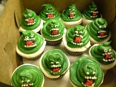 CAFE AROMAS: Ghost Buster Cupcakes