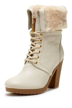 Hunter Chandler Cuff Shearling Lined Short Boot in Chalk winter white ivory cream