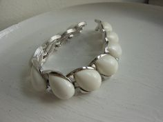 White thermoset bracelet vintage lucite white by 2007musarra, $24.00