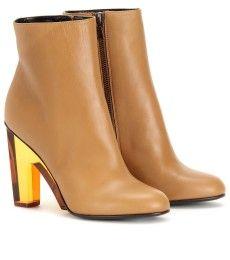 gold n' wood heel
