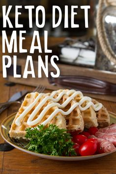 Here's the best way to take the guesswork out of your ketogenic dieting with these done for you weekly keto diet meal plans.#keto #ketodiet #mealplans (Affiliate)