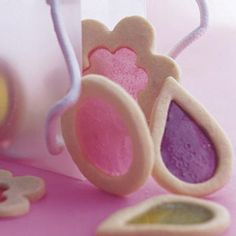 These pretty cutout cookies have translucent candy windows that look like stained glass. Because the candy will stick, line sheets with nonstick silicone baking pan liners or cooking parchment (step You can store the cookies airtight for up to 1 week. Cut Out Cookies, Fun Cookies, Holiday Cookies, Sugar Cookies, Cookies Et Biscuits, Decorated Cookies, Galletas Cookies, Easter Cookies, Easy Cookie Recipes