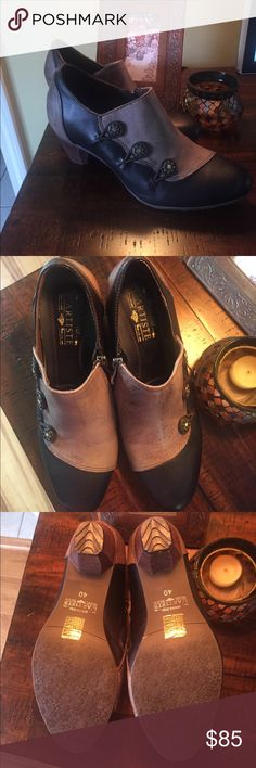 Spring Step - Vintage Style Shoes 9 OFFERS  These are well made vintage style shoes with dude zipper, beautiful buttons. LIKE NEW WORN ONCE. Black with an aged taupe/tab contrast. Size 9 by Spring Step L'Artiste collection. Love these shoes, but knee issues ☺️  - One tiny scratch (in pic above). Shoes are have distressed look. Original box Spring Step Shoes