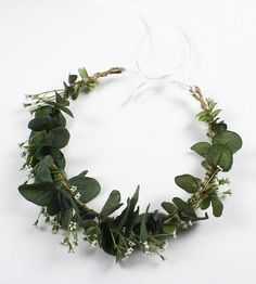 Ready to ship! A beautiful eucalyptus crown! Ideal for flower girl, bride or First Communion, the length is adjustable. Beautiful, natural appearance! Thank you for visiting my shop