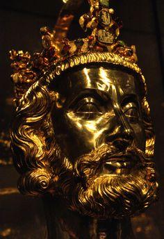 striature: Golden Charlemagne Busto HDR (da Peter Akkermans Fotoakkermans.nl)