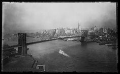 George P. Hall & Son (American, active 1875–1914). Brooklyn Bridge. ca. 1905. George Eastman House via Flickr.