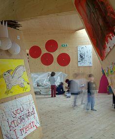 """Edificio para la educación infantil en artes y diseño """"Bilding"""", Innsbruck Austria - Niklas Nalbach, estudiante del ./studio3, Facultad de Arquitectura @ Universidad de Innsbruck (supervisores: Walter Prenner, Verena Rauch y Wolfgang Pöschl - © Günter R.Wett"""