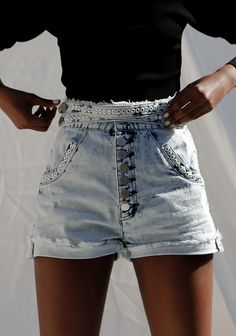 Eclectic Design, Fashion Labels, New Age, Denim Shorts, Silhouette, Clothes, Collection, Outfits, Clothing