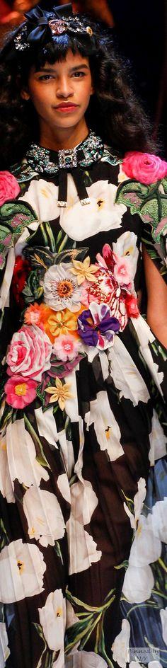 Dolce & Gabbana - FW 2016/17 Details