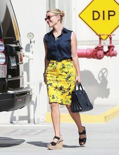 Reese Witherspoon - Sério gente, se algum dia vcs me encontrarem calçando isso, por favor me digam: para amiga que tá feio!