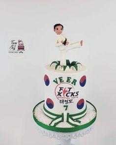 Sports Themed Cakes, Martial Arts, Joy, Disney Princess, Disney Characters, Glee, Combat Sport, Being Happy, Disney Princesses