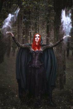 Model, styling: Revena Photographer: Anita Herba Fotografie Welcome to Gothic and Amazing |www.gothicandamazing.com