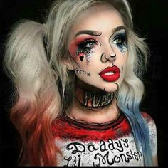 Are you looking for ideas for your Halloween make-up? Check out the post right here for cool Halloween makeup looks. Harley Quinn Halloween, Amazing Halloween Makeup, Halloween Makeup Looks, Halloween Halloween, Youtube Halloween, Halloween Costume Makeup, Women Halloween, Awesome Makeup, Easy Halloween Costumes Scary
