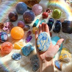 𝙸𝚗𝚜𝚙𝚒𝚛𝚎𝚍 𝚋𝚢 𝙽𝚊𝚝𝚞𝚛𝚎. Crystal Healing Stones, Crystal Magic, Stones And Crystals, Minerals And Gemstones, Rocks And Minerals, Wicca, Crystal Aesthetic, Witch Aesthetic, Crystal Meanings