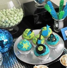Cupcakes at a Rockstar Party #rockstar #partycupcakes