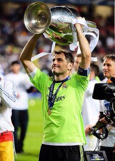 Iker celebrating; Real Madrid 4 Atletico Madrid 1 (25/5/2014)
