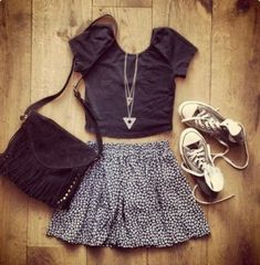 skirt//necklace//converse//love