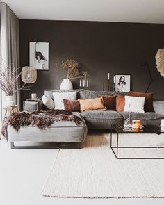 De make-over van onze hal en toilet met verf van Farrow & Ball salon Cozy Living Rooms, Living Room Grey, Home Living Room, Apartment Living, Interior Design Living Room, Living Room Designs, Modern Living Room Design, Apartment Design, Living Room Ideas