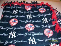 New York Yankees Comfy Blankets, New York Yankees, How To Make, Diy, Bricolage, Handyman Projects, Do It Yourself, Diys, Diy Hacks